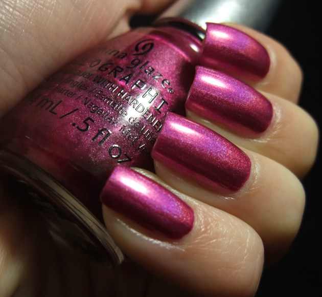 China Glaze - Infra Red 02