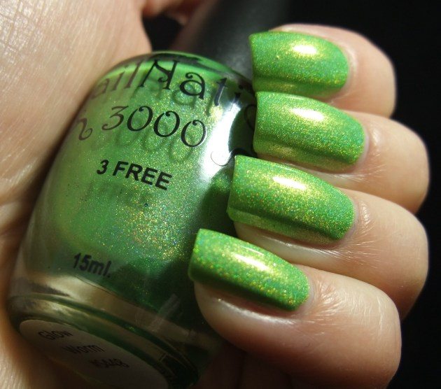 NailNation 3000 - Glow Worm 04