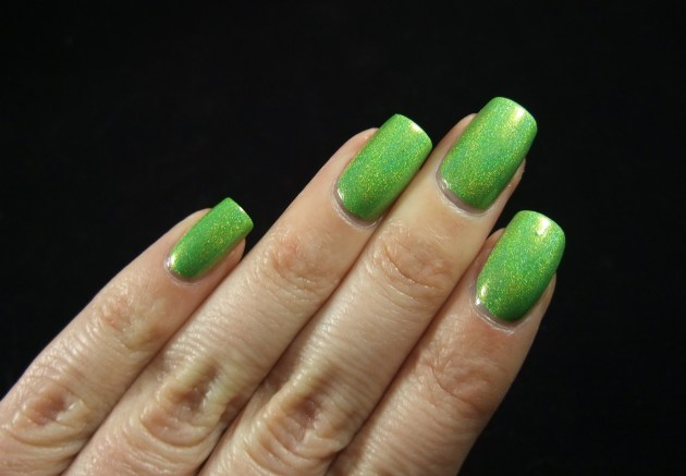 NailNation 3000 - Glow Worm 07