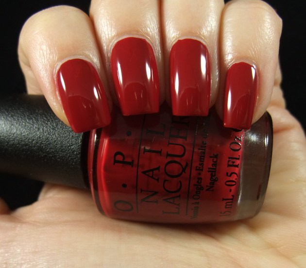 OPI - All I Want For Christmas (Is OPI) 02