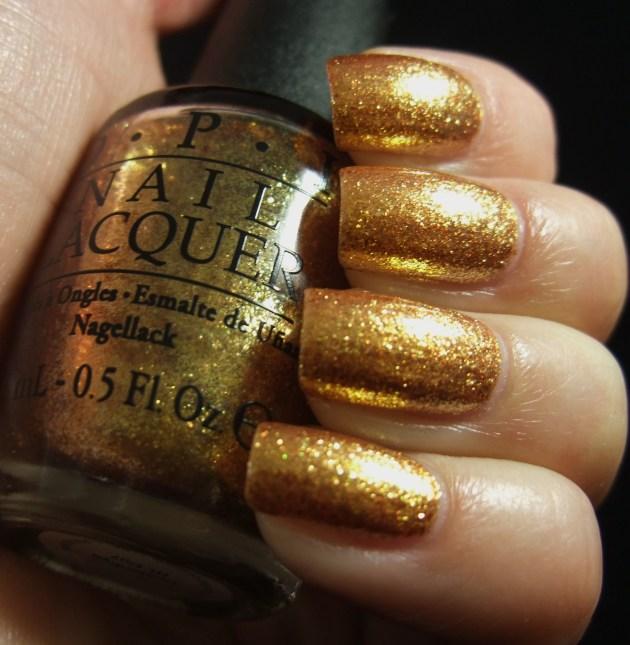 OPI - Goldeneye 02