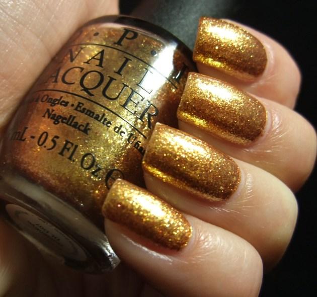 OPI - Goldeneye 04
