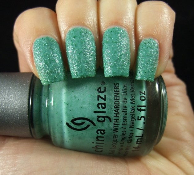 China Glaze - Teal The Tide Turns 01