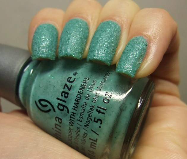 China Glaze - Teal The Tide Turns 05