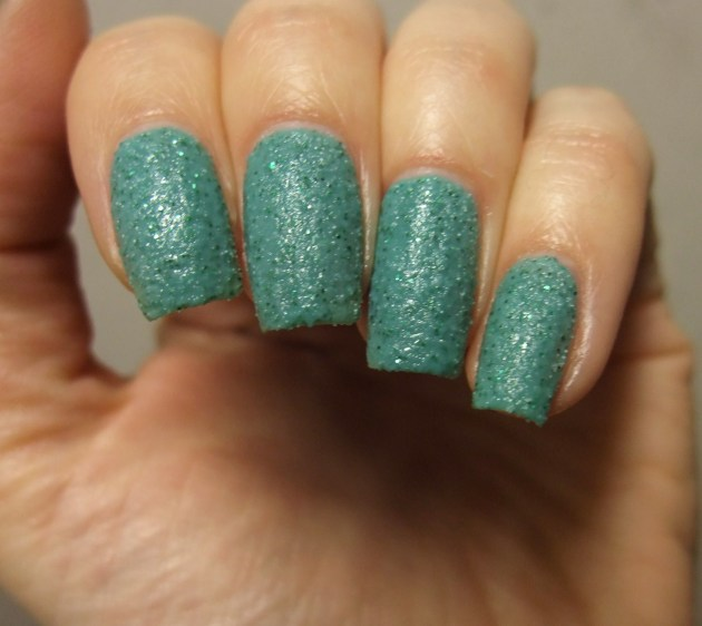 China Glaze - Teal The Tide Turns 06