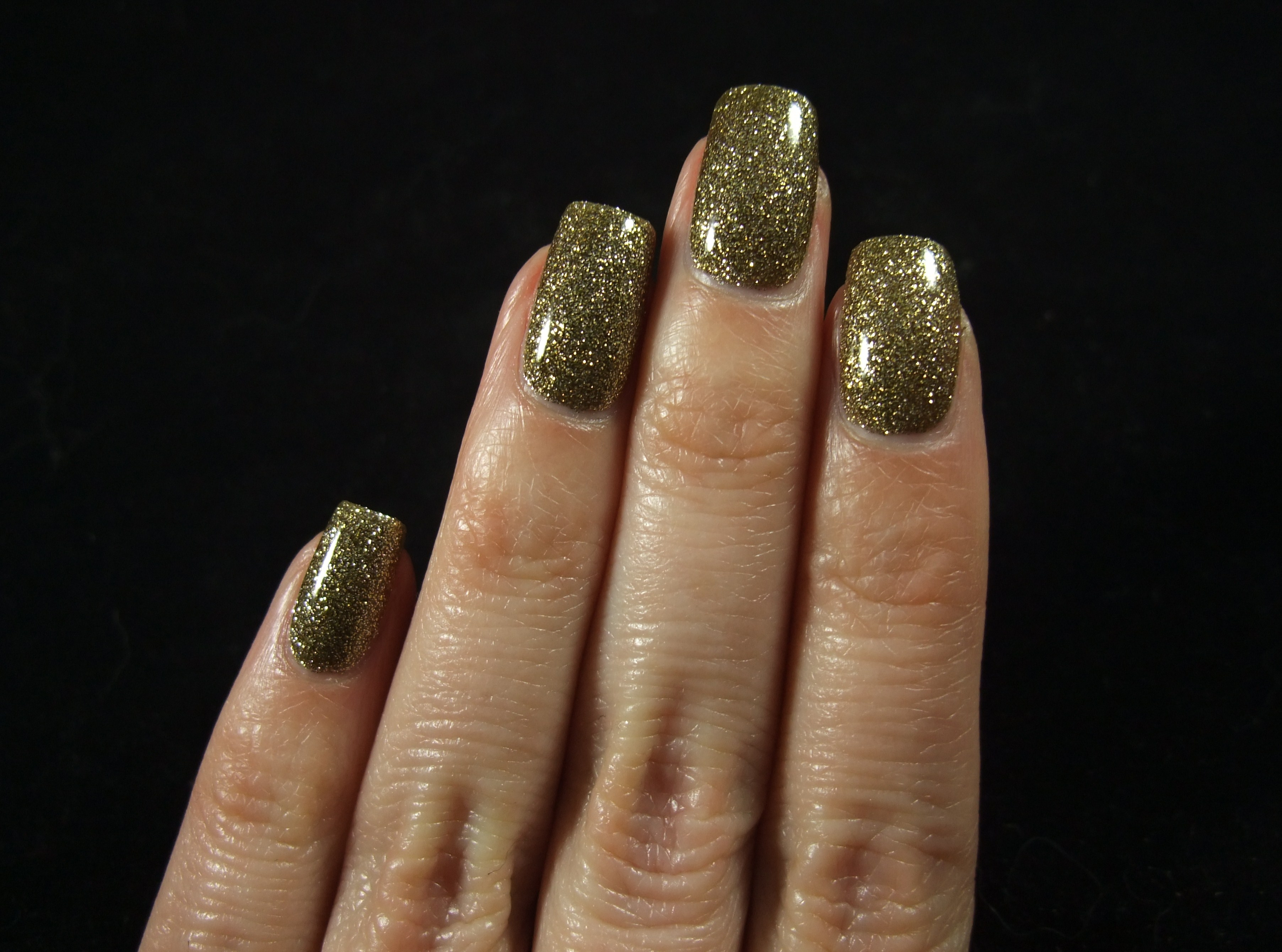 opi – all sparkly and gold | clawsincolors