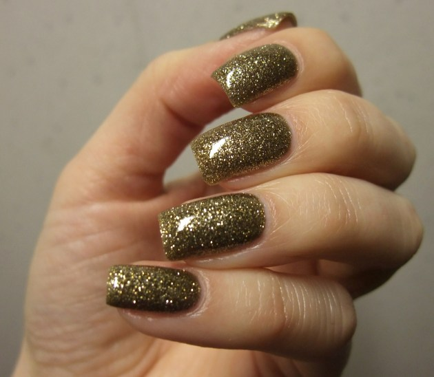 OPI - All Sparkly And Gold 14