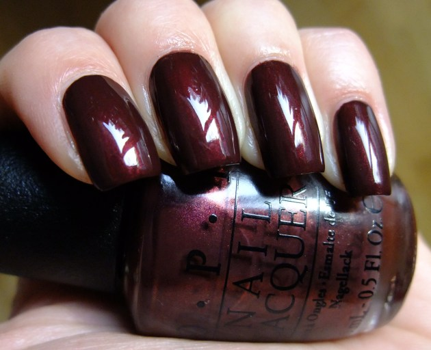 OPI - Sleigh Ride For Two 02