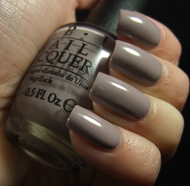 OPI - Taupe-Less Beach 05