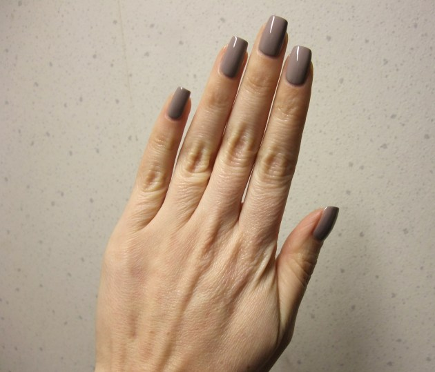 OPI - Taupe-Less Beach 11