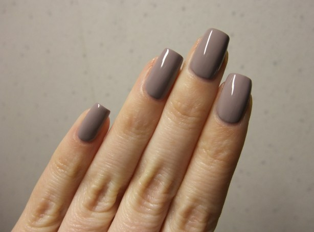 OPI - Taupe-Less Beach 12