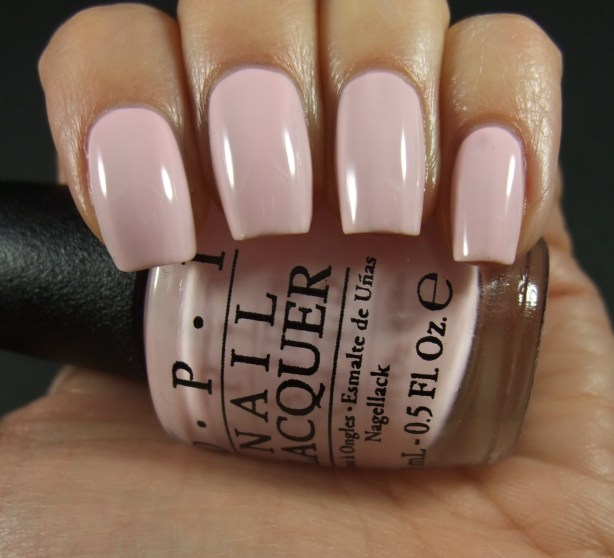 OPI - I Love Applause 02