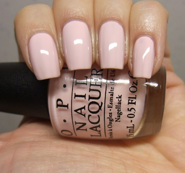 OPI - I Love Applause 05