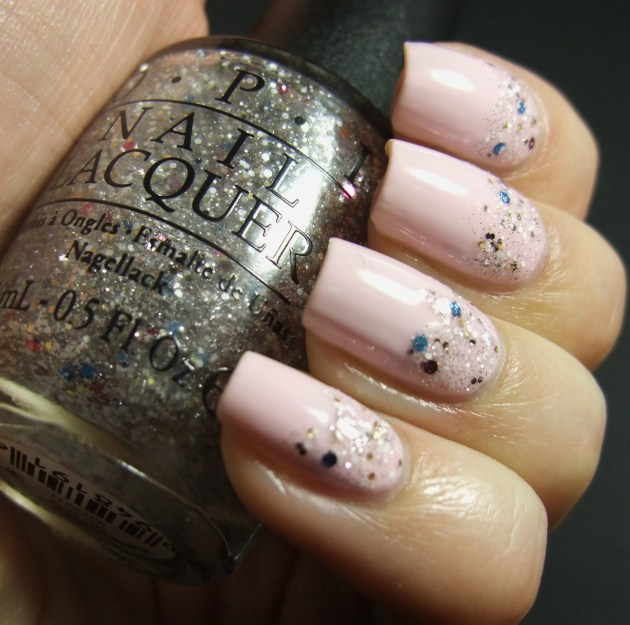 OPI - Muppets World Tour (Gradient) 03