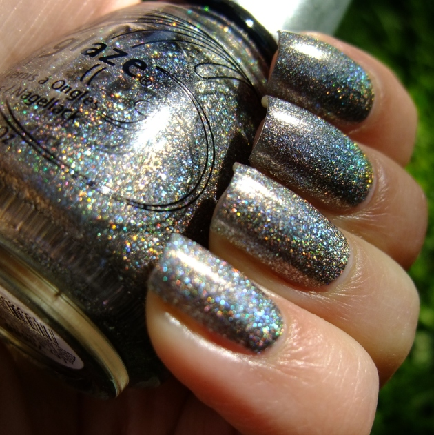 China Glaze - Let's Do It In 3-D 02