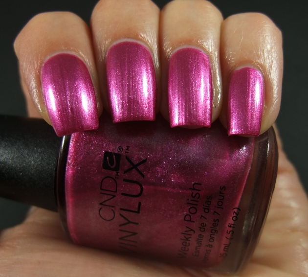 CND Vinylux - Sultry Sunset 05
