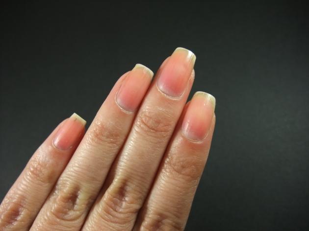 Nakna naglar 01