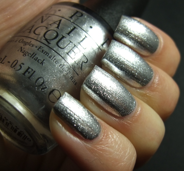 OPI - Turn On The Haute Light 03