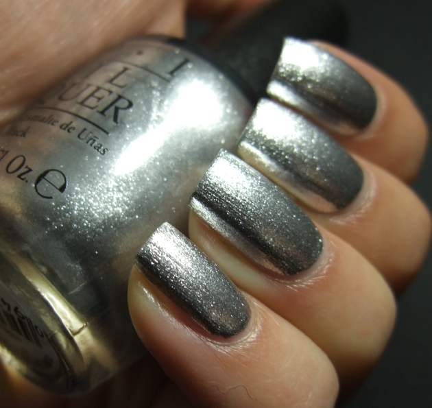 OPI - Turn On The Haute Light 09