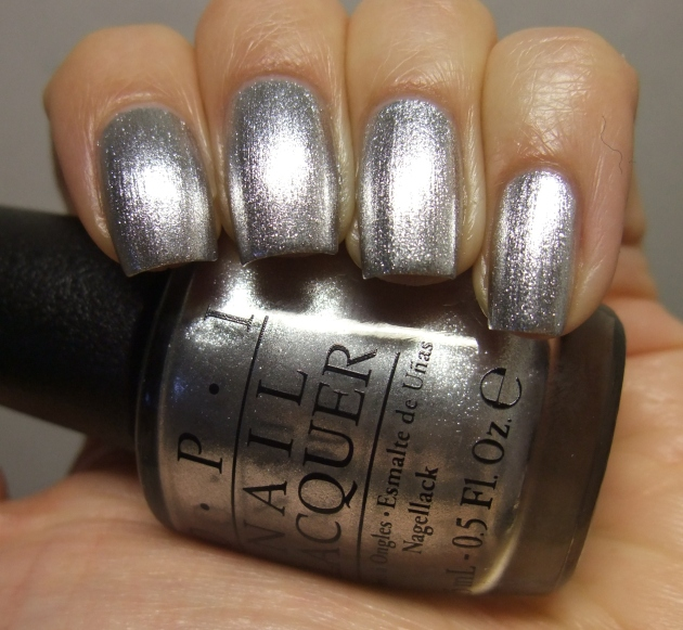 OPI - Turn On The Haute Light 16