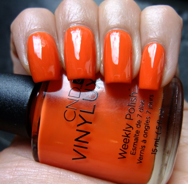 CND Vinylux - Electric Orange 04