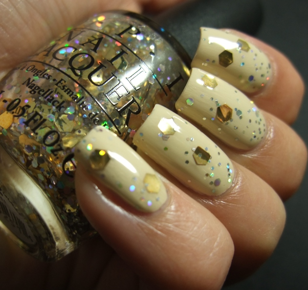 OPI - I Reached My Gold! 03