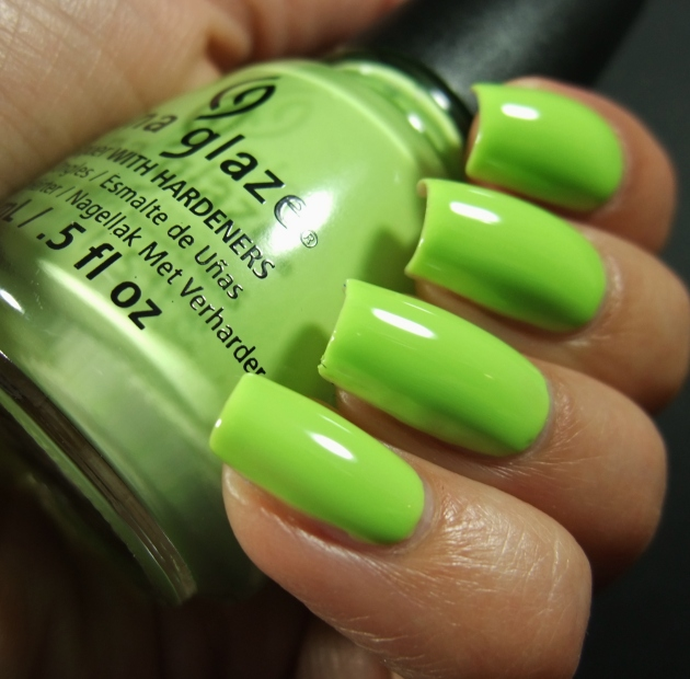 China Glaze - Be More Pacific 02