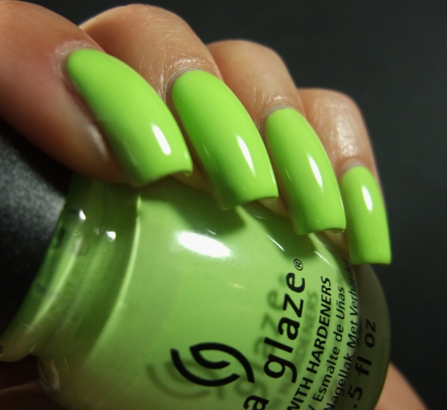 China Glaze - Be More Pacific 06