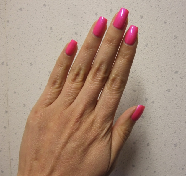OPI - Hotter Than You Pink 11