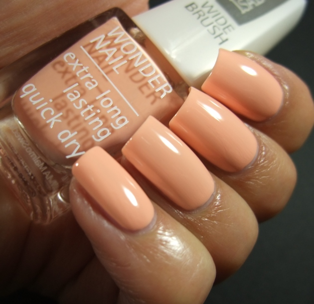 IsaDora - Peachy Colada 01