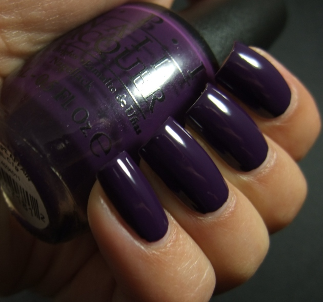 OPI - A Grape Affair 02