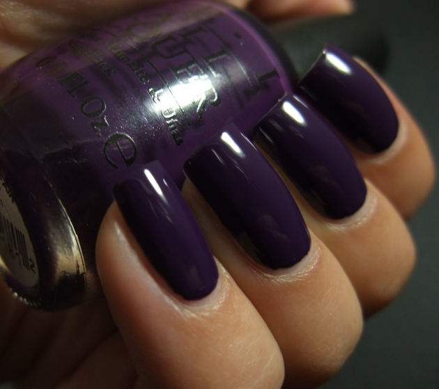 OPI - A Grape Affair 03