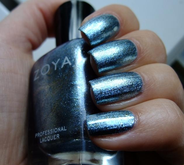 Zoya - Hazel 03