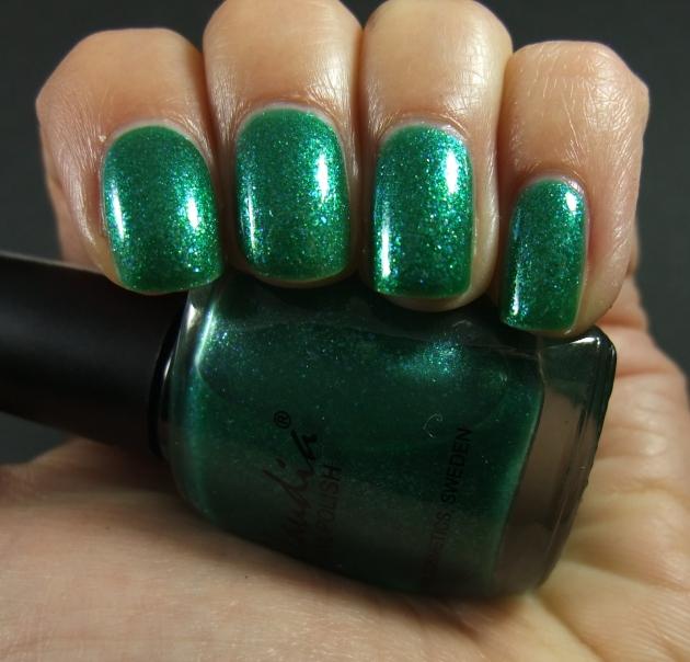 Claudia - Green Marine 05