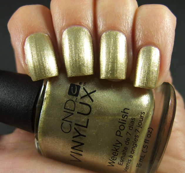 CND Vinylux - Locked Love 05