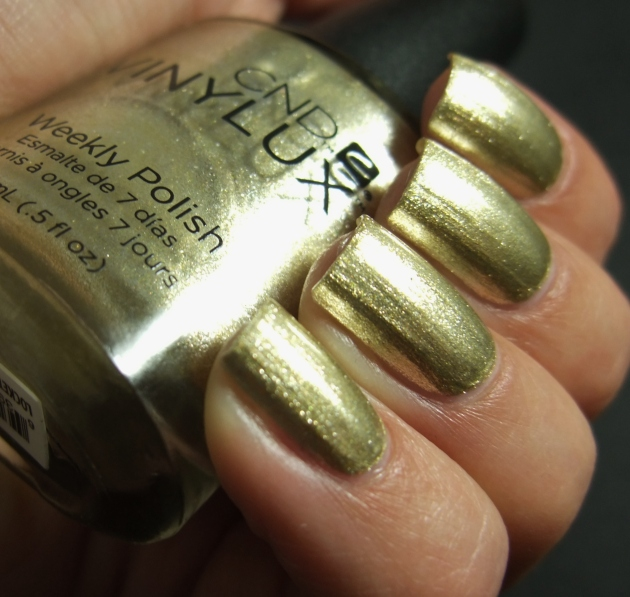 CND Vinylux - Locked Love 06