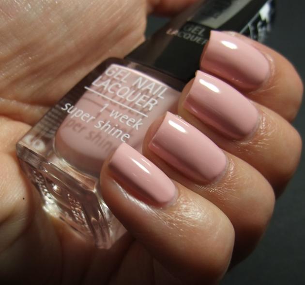 IsaDora Gel Nail Lacquer - Pretty Ballerina 09