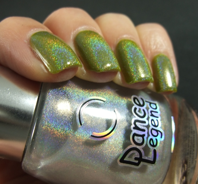China Glaze Budding Romance w holo top coat 04