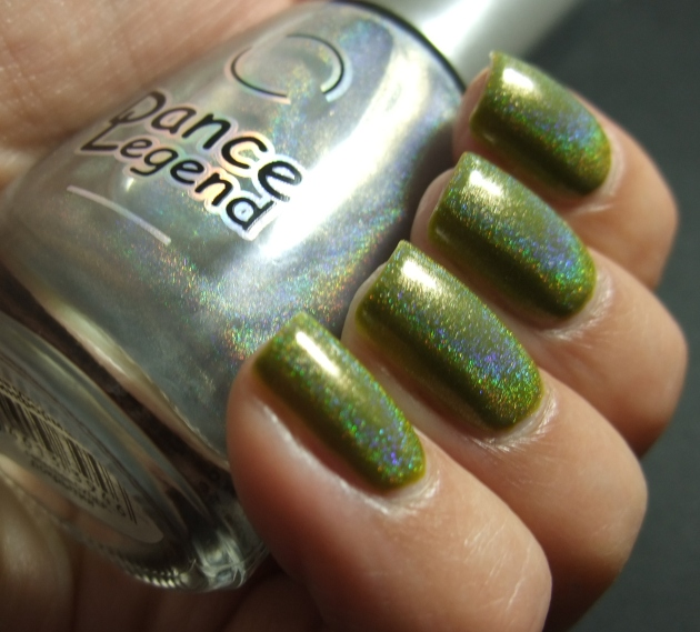 China Glaze Budding Romance w holo top coat 05