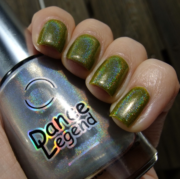 China Glaze Budding Romance w holo top coat 10