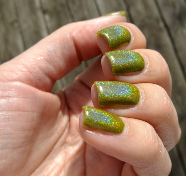 China Glaze Budding Romance w holo top coat 11