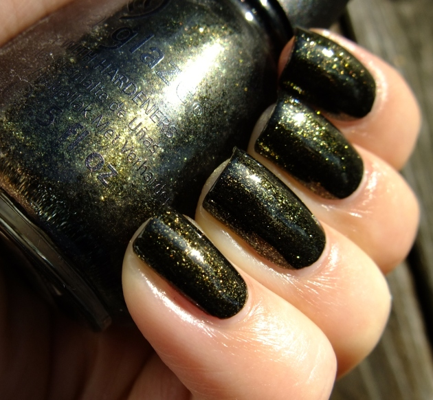 China Glaze - Cast A Spell 05