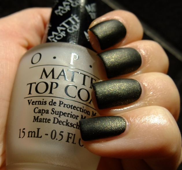 China Glaze - Cast A Spell matte 01