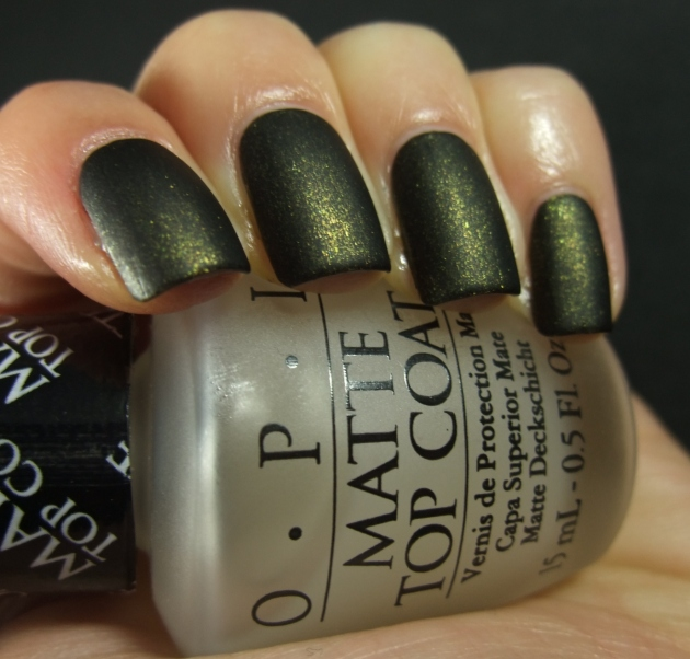 China Glaze - Cast A Spell matte 04