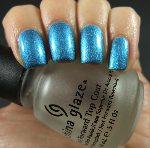 Depend - 4047 Two Beat Turquoise shiny 01