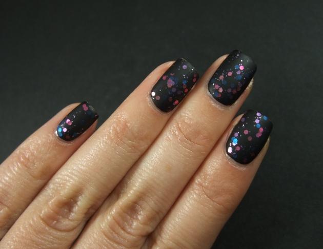Gina Tricot - Berry Glitter matte 08