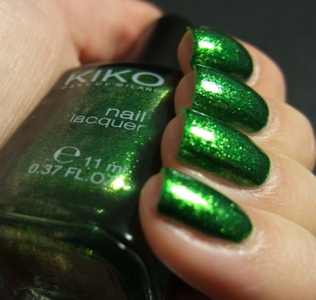 KIKO - 533 Pearly Golden Green 02