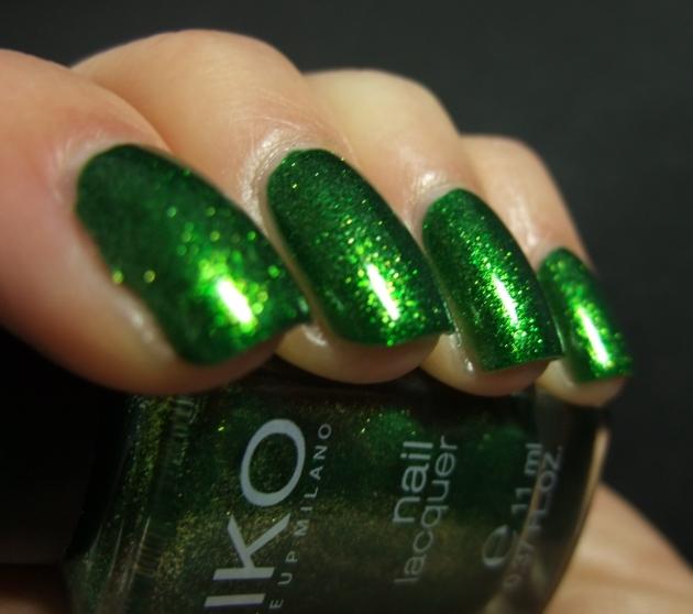 KIKO - 533 Pearly Golden Green 04
