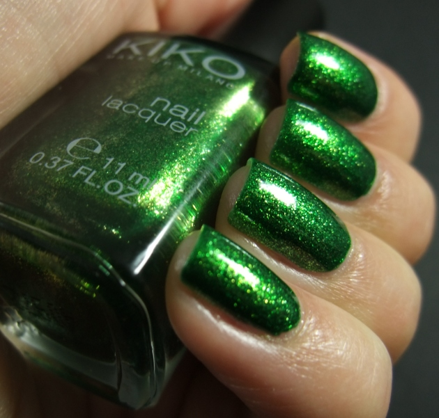 KIKO - 533 Pearly Golden Green 08