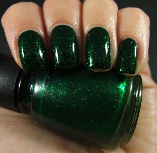 China Glaze - Emerald Sparkle 01